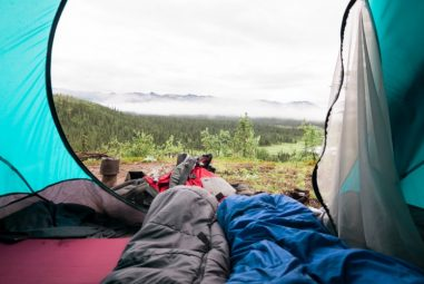 Choosing the Right Sleeping Bag: 6 of the Best Options